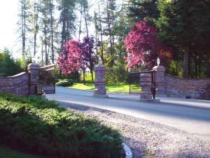 Gated entry to Harbor Veiw Estates - Lake Coeur d'Alene - Idaho