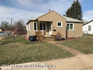 See virtual tour of this listing
