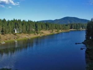 Waterfront for Sale in Hayden Lake Idaho - Avondale on Hayden - Hayden Idaho 83835