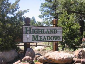 2756 W Highland Meadows DR