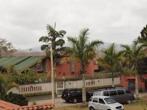 Casa en Los Teques Miranda,Municipio Guaicaipuro REF: 13-2054