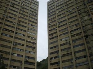 Apartamento en La Guaira Vargas,Macuto REF: 13-5730