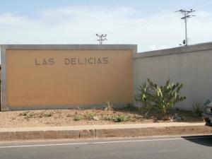 Casa en Coro Falcon,Las Delicias REF: 14-6110