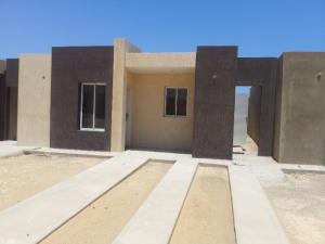 Casa en Punto Fijo Falcon,Puerta Maraven REF: 14-6148