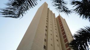 Apartamento en Maracaibo Zulia,Avenida Bella Vista REF: 14-6116