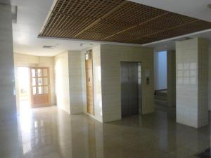 Apartamento en Maracaibo Zulia,Avenida El Milagro REF: 14-6135
