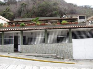 Casa en La Guaira Vargas,Macuto REF: 14-6153