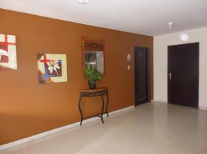 Apartamento en Maracaibo Zulia,Valle Frio REF: 14-6179