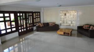 Apartamento en Maracaibo Zulia,Dr Portillo REF: 14-6219
