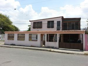 Casa en Maracay Aragua,La Coromoto REF: 14-6953
