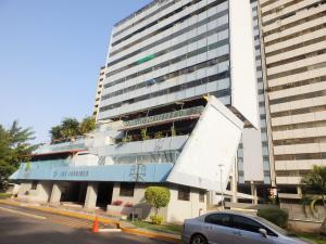 Apartamento en Maracay Aragua,Conjunto Residencial Los Jardines REF: 14-7064