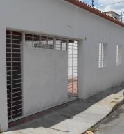 Casa en Maracay Aragua,Las Acacias REF: 14-7527