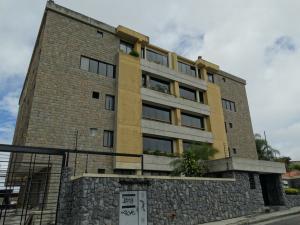 Apartamento en San Antonio de los Altos Miranda,Parque el Retiro REF: 14-2813