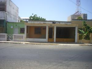 Comercial en Punto Fijo Falcon,Centro REF: 14-7889