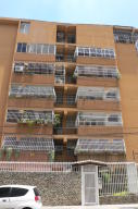Apartamento en Maracay Aragua,San Isidro REF: 14-8349