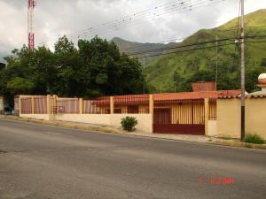 Casa en Maracay Aragua,El Castaño REF: 14-8827