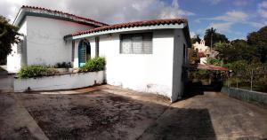 Casa en Los Teques Miranda,Macarena Sur REF: 14-9933