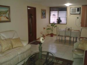 Apartamento en Maracaibo Zulia,La Limpia REF: 14-10257