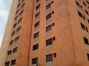 Apartamento en Maracaibo Zulia,Avenida Bella Vista REF: 14-10272