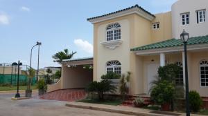Townhouse en Maracaibo Zulia,Fuerzas Armadas REF: 14-10463