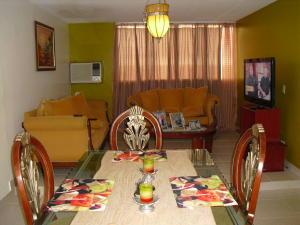 Apartamento en Maracaibo Zulia,Circunvalacion Uno REF: 14-10515