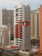 Apartamento en Maracaibo Zulia,Avenida El Milagro REF: 14-10654