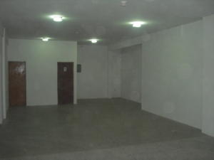 Comercial en Cabimas Zulia,Via Santa Rita REF: 14-11356