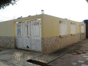 Casa en Maracaibo Zulia,Los Mangos REF: 14-11569