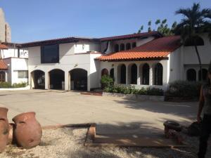 Casa en Maracaibo Zulia,La Lago REF: 14-11559