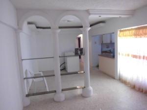 Apartamento en Maracaibo Zulia,Cañada Honda REF: 14-11561