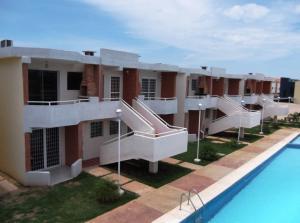 Apartamento en Chichiriviche Falcon,Flamingo REF: 14-11716