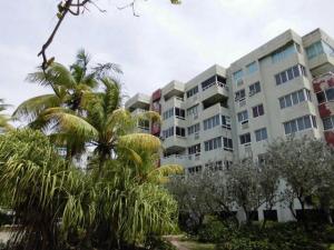 Apartamento en Tucacas Falcon,Morrocoy REF: 14-11897
