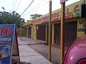 Comercial en Maracaibo Zulia,La Limpia REF: 14-11932