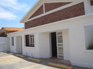 Comercial en Maracaibo Zulia,5 de Julio REF: 14-12454