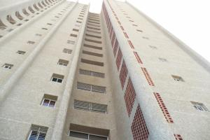 Apartamento en Maracaibo Zulia,Avenida Bella Vista REF: 14-12673
