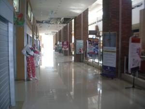 Comercial en Maracaibo Zulia,Centro REF: 14-12794