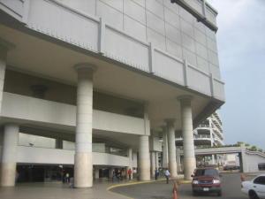 Comercial en Maracaibo Zulia,Circunvalacion Dos REF: 14-12909
