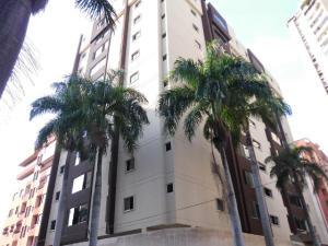 Apartamento en Maracay Aragua,San Isidro REF: 14-12808