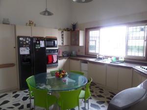 Casa en Maracaibo Zulia,Monte Bello REF: 14-12851