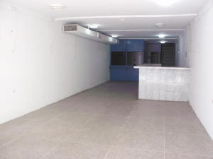 Comercial en Maracaibo Zulia,Centro REF: 14-13371
