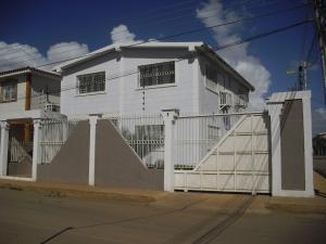 Casa en Coro Falcon,Parcelamiento Santa Ana REF: 15-484