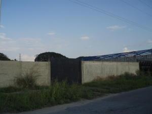 Terreno en San Joaquin Carabobo,La Castellana REF: 15-949