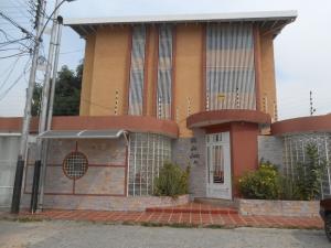 Apartamento en Maracay Aragua,San Miguel REF: 15-900