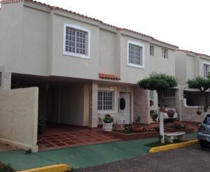 Townhouse en Maracaibo Zulia,Amparo REF: 15-1161