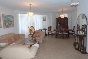 Apartamento en Maracaibo Zulia,Calle 72 REF: 15-1185