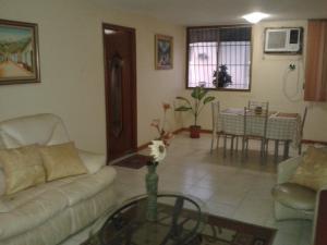 Apartamento en Maracaibo Zulia,La Limpia REF: 15-1186