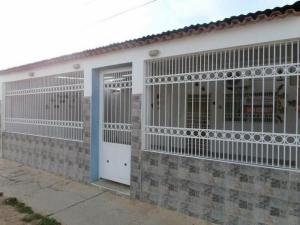 Casa en Coro Falcon,La Velita REF: 15-1253
