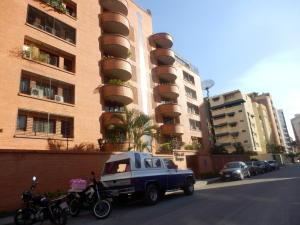 Apartamento en Maracay Aragua,El Bosque REF: 15-1531
