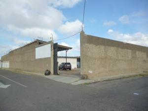 Comercial en Punto Fijo Falcon,Nuevo Pueblo REF: 15-2444