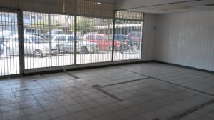 Comercial en Maracaibo Zulia,Avenida Bella Vista REF: 15-2469